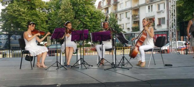 MOTO na otvaranju Međunarodnog festivala folklora u Obrenovcu 2017. godine